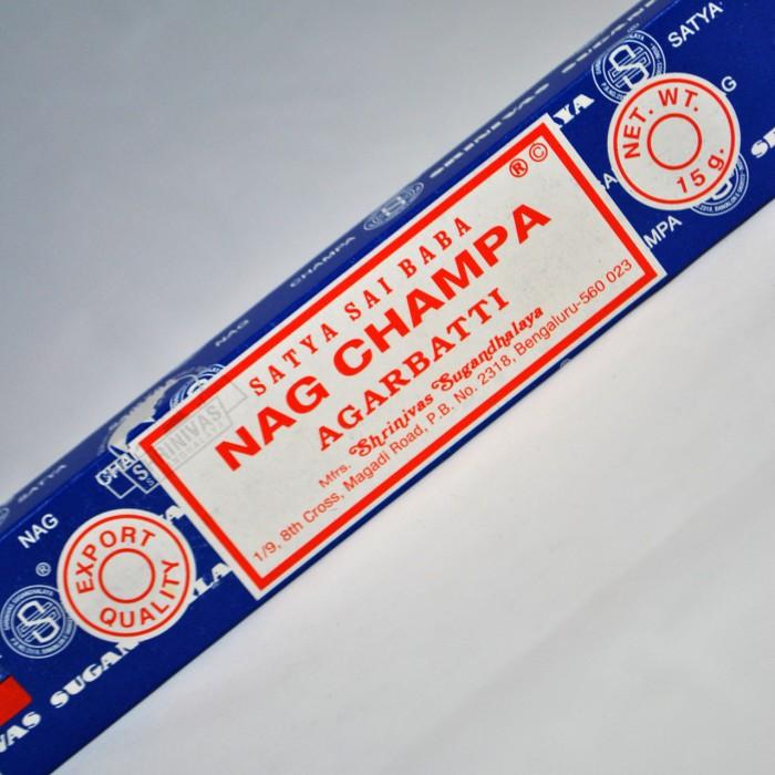 Nag Champa Wierook.Nag Champa Wierook Satya Sai Baba Batonnet