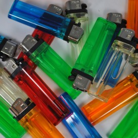 10 Disposable Lighters Prof