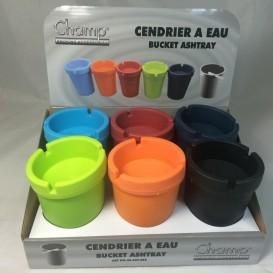 Color del cenicero de agua